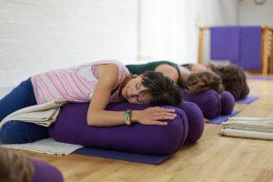 Mel_Yoga_Skinner